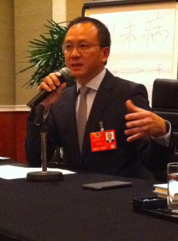 李惠森建议设家族企业分享平台