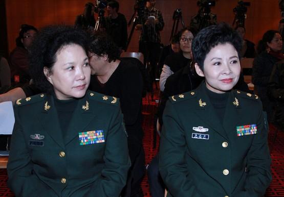 董文华将参加总政歌舞团演出