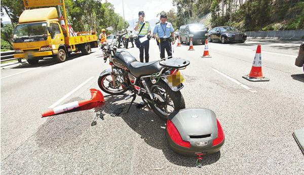 ■屯門公路奪命車禍。