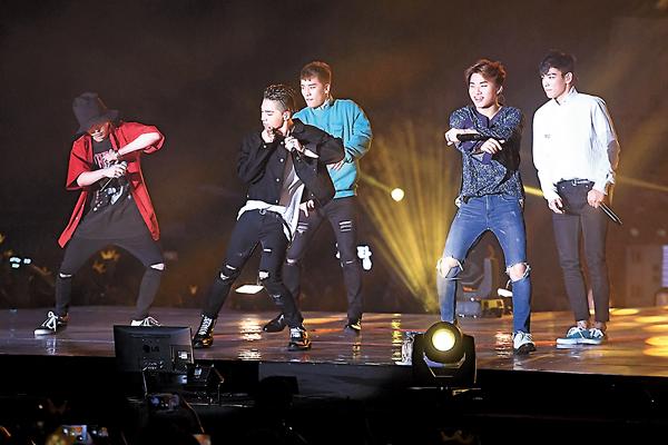 ■有指今次是BIGBANG入伍前,最後一次齊人在港開騷。