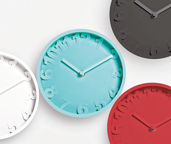 ■以矽膠製造的掛牆鐘曾奪得2012年日本Good Design Award。香港出口商會供圖