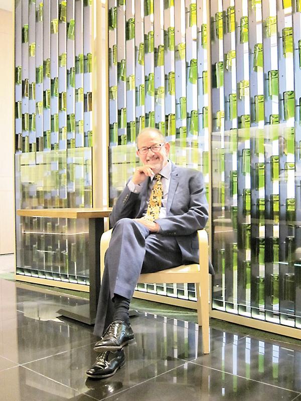 ■奈傑爾.希欽在幾何學、表示論和理論物理學領域,貢獻良多,令他近日獲頒本年度邵逸夫獎數學科學獎。 鄭伊莎 攝