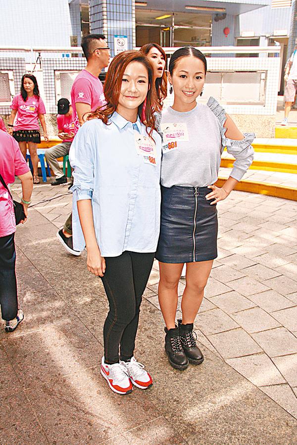 ■鄭融與張惠雅(左)出席義賣活動。