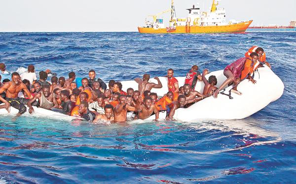■「茉莉花革命」,帶來的就是難民希望渡過地中海到歐洲逃避戰亂。 資料圖片