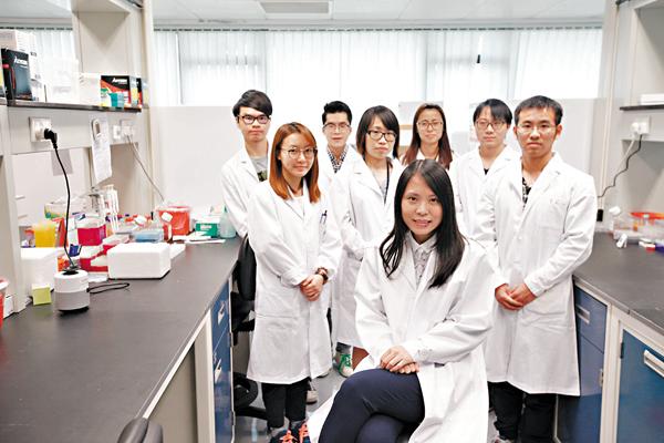 ■呂愛蘭與團隊致力研究心血管疾病的治療方法。 曾慶威  攝