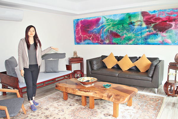 ■客廳裝修物料顏色不能太深色或突出,盡量簡約,保留空間突出裝飾品。