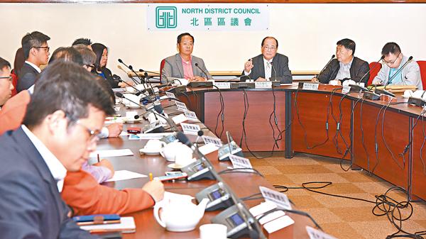 ■吳克儉與北區區議員交流。