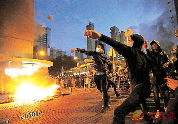 ■2016年2月8日(大年初一)晚至2月9日(大年初二)凌晨,旺角發生暴亂。昨日,法官首次裁定參與者「暴動罪」罪名成立。 資料圖片