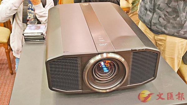 ■JVC的4K投影機王DLA-Z1,各個部件都是「落足重料」。