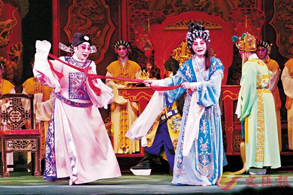 ■劉惠鳴和莊婉仙在香劫一場戲中,七情上面。