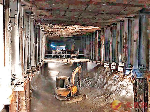拱北隧道貫通  港珠澳大橋料年底建成 (圖)