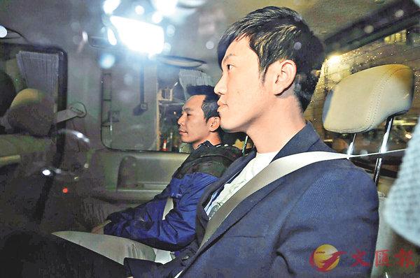 ■鄭松泰(右)在fb貼文證實自己被捕。