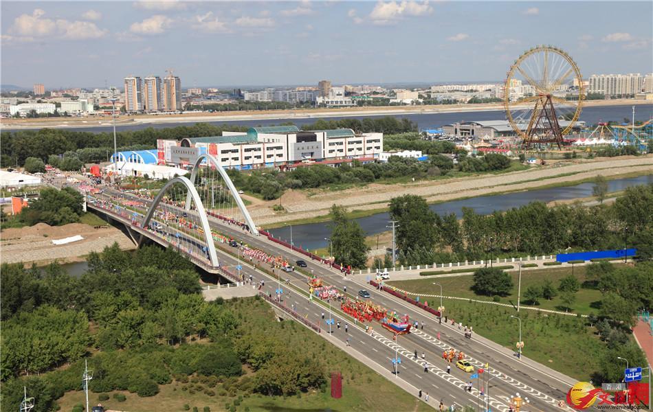 黑河市與布拉戈維申斯克市被稱為「中俄雙子城」,最近處只有700米。
