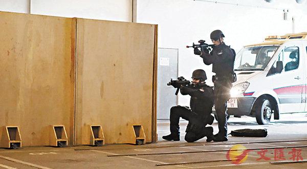 機場特警反恐  每月大演練 (圖)