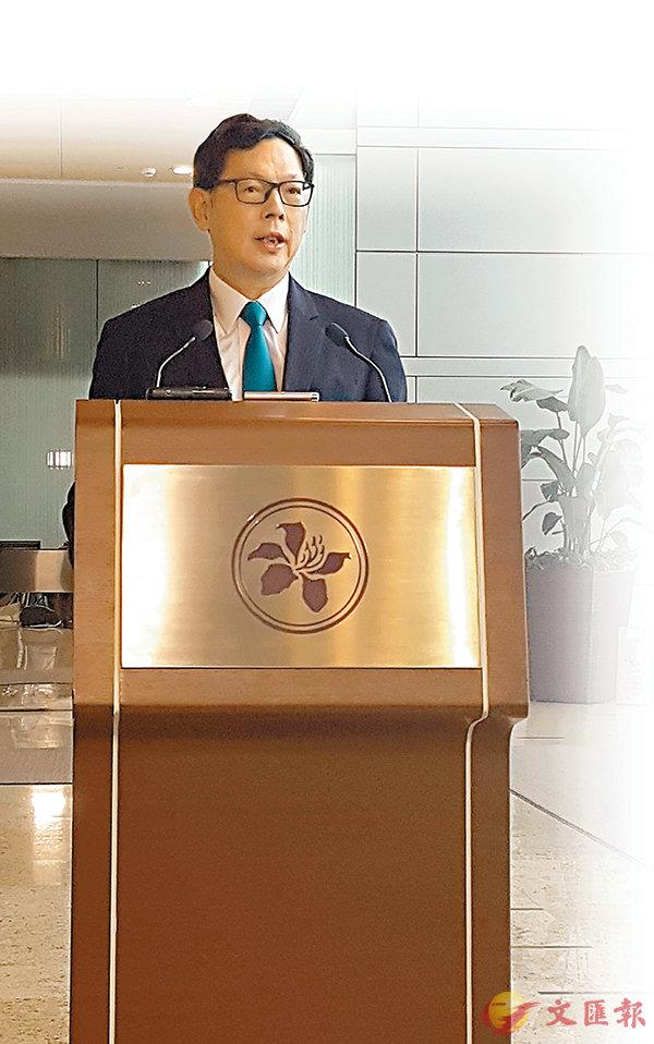 ■陳德霖表示,措施是因應樓市周期演變而推出,目的是為保障銀行體系安全。香港文匯報記者歐陽偉昉  攝