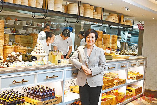 ■翁培禾加入唐宮以來,由門店經理一步一步升至今日行政總裁一職。