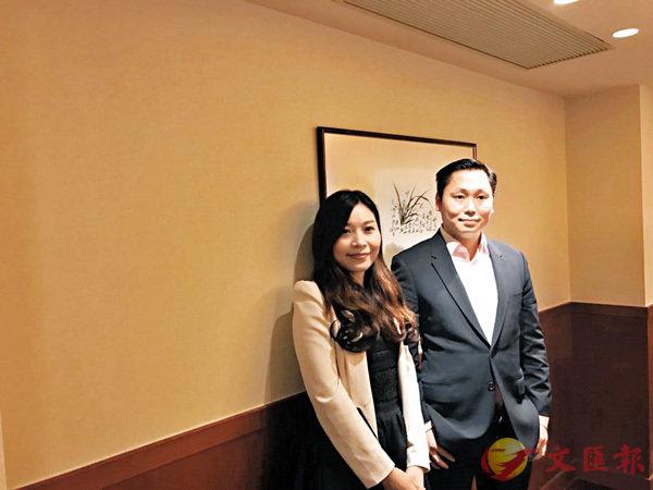 ■陳卓宇(右)指未來希望發展更多IP。左為亨泰消費品集團顧問庾婉華。香港文匯報記者莊程敏 攝