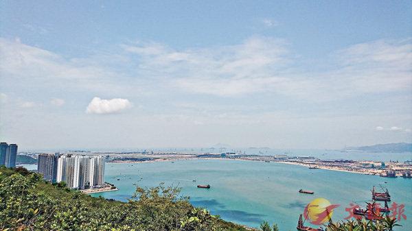 ■圖為大嶼山港珠澳大橋香港口岸人工島工地。 資料圖片