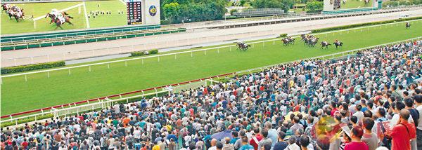 ■總結2016至2017年度馬季共錄得1,174億元投注額,按年升10.7%,更創下史上單季新高。 香港文匯報記者聶曉輝  攝