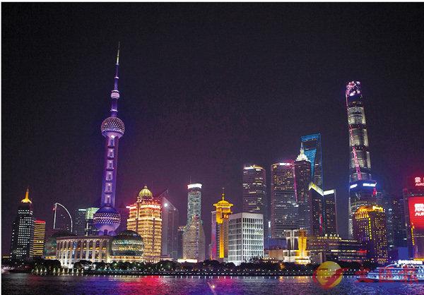 內地最低工資排名:上海2300元居首 (圖)