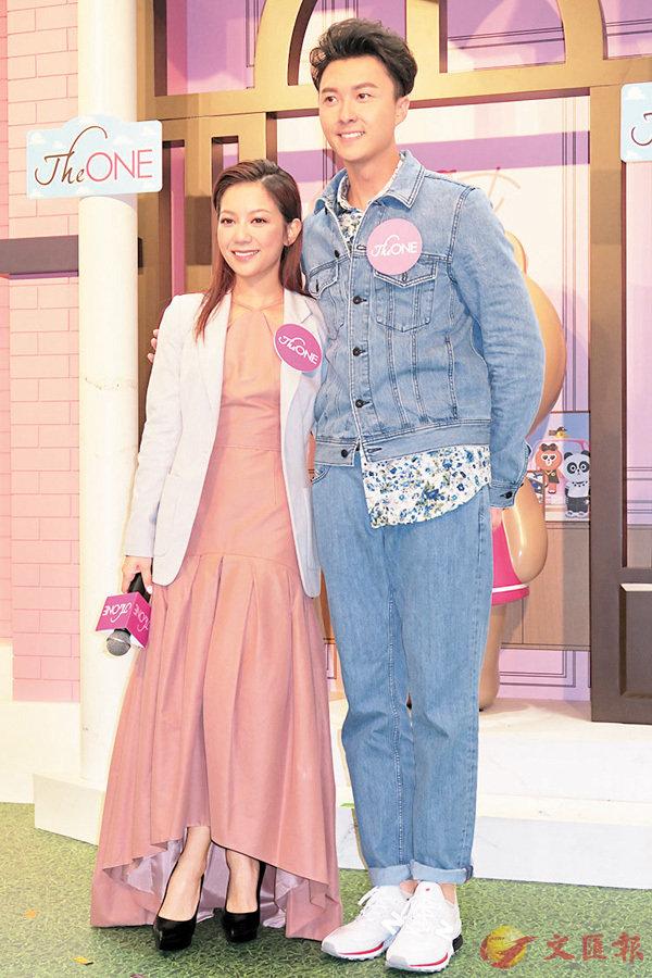 ■何雁詩(左)與王浩信齊穿長袖衫出席活動。