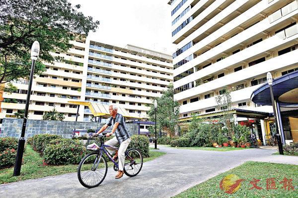 ■新加坡組屋興建不以利潤主導,類型日趨多元化,面積可大至120平方公尺乃至複式,間接鼓勵三代同堂。 資料圖片