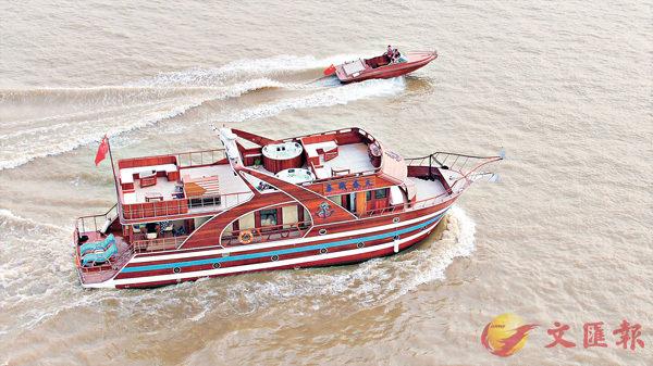 ■廣東造船世家三代創新,歷時3年打造世界首艘木質遊艇。