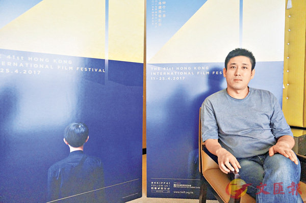■王學博為了拍攝影片,在寧夏生活了十個月,體驗當地人的艱苦過程。