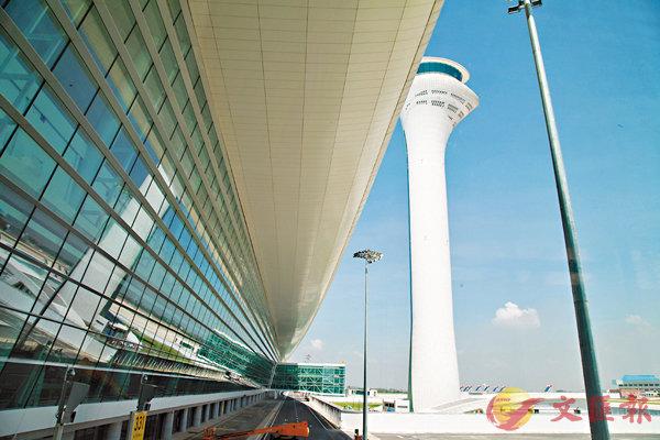 武漢天河機場T3航站樓投用 (圖)