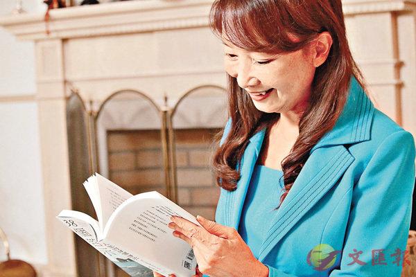 ■陳美齡稱正在做適合0至18歲閱讀的「有益圖書表」。 彭子文  攝