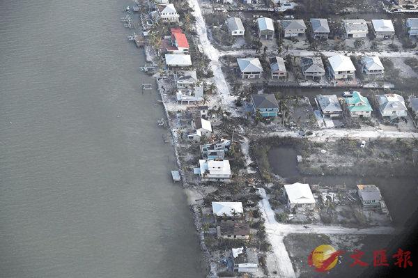 ■佛羅里達群島滿目瘡痍,食水、電力和排污系統癱瘓。 美聯社