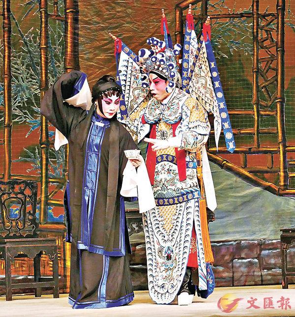 ■李龍和曾慧合作演傳統古老劇,效果不錯。