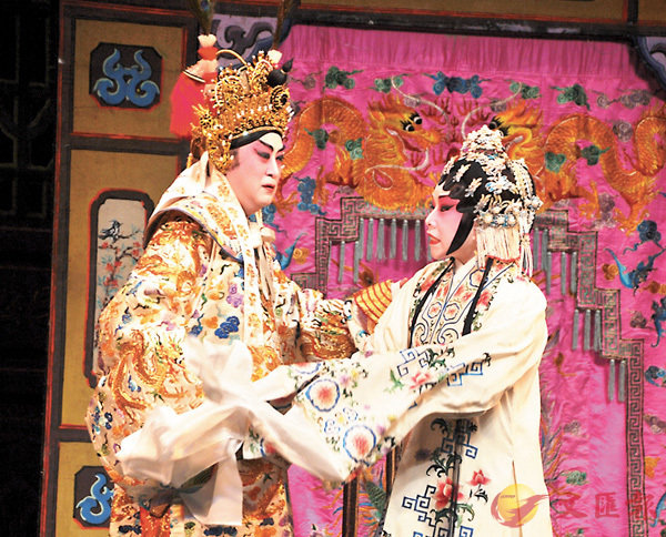 ■南鳳是吳仟峰御用的花旦之一,他們常有精彩作品呈獻給觀眾。