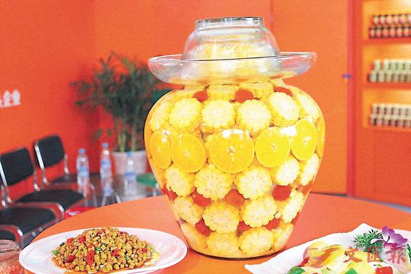 ■美味可口的「東坡泡菜」。香港文匯報四川傳真