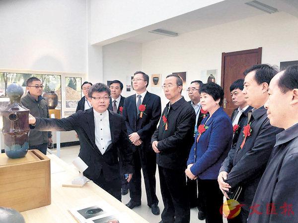 ■首屆馬家窯文化節陶藝展。蘭州傳真