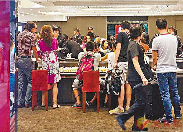 ■本港9月份零售總銷貨值較去年同期上升5.6%,較預期好。其中珠寶首飾、鐘錶及名貴禮物的銷貨值升幅最大。中通社