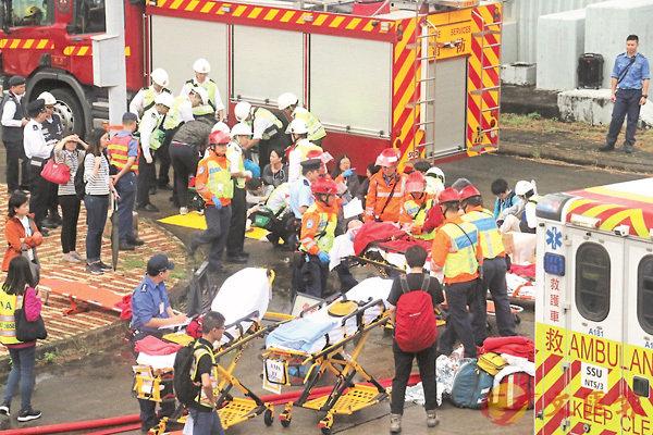 ■跨部門重大事故演習其中一項死傷救援。