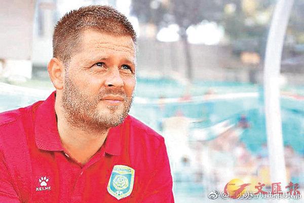 ■冰島籍教練埃約爾松。 網上圖片