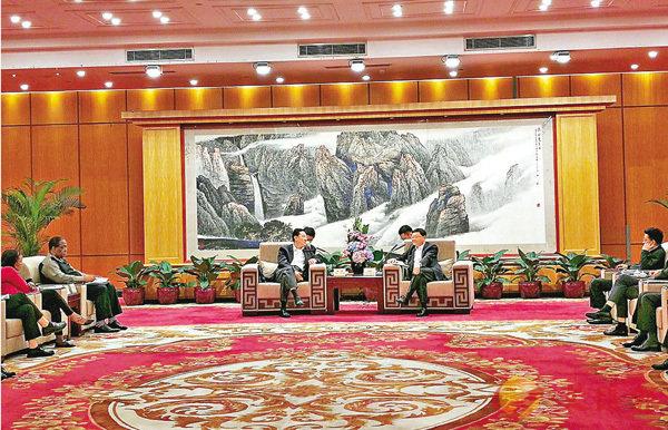 外交部駐港公署組團訪粵 (圖)