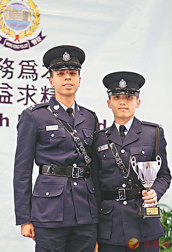 ■見習督察陳柱熹(左)及警員朱�Y勤。香港文匯報記者莫雪芝  攝