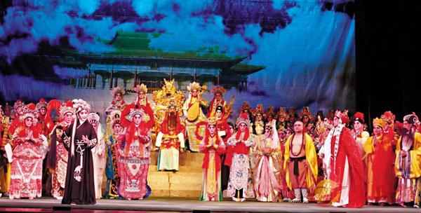 ■這大型演出,台上演員搵位站都考功夫。