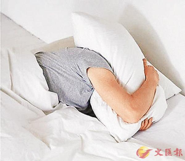 ■辛苦工作一天後跳進被窩放空的快感,稱為bedgasm。 資料圖片