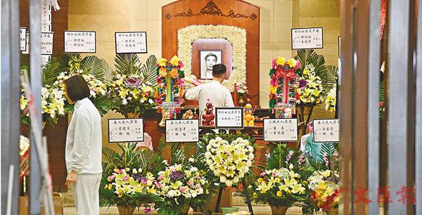 ■死者鄧仁欽靈堂。 香港文匯報記者鄧偉明  攝