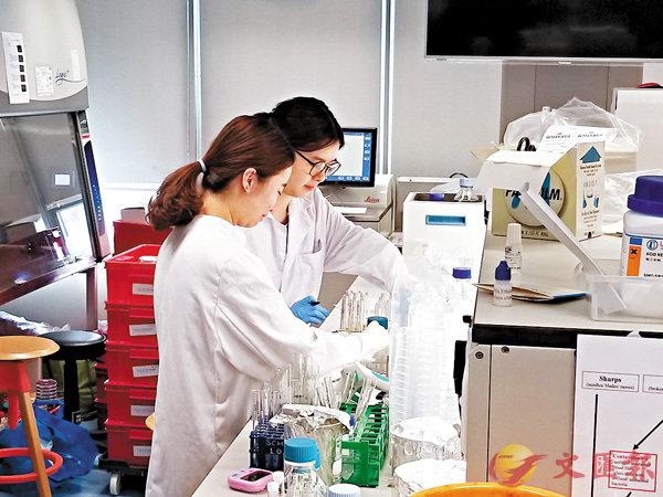本港醫護人手持續緊張,東華學院正籌辦物理治療課程,預計可提供50個學額。香港文匯報記者姜嘉軒  攝