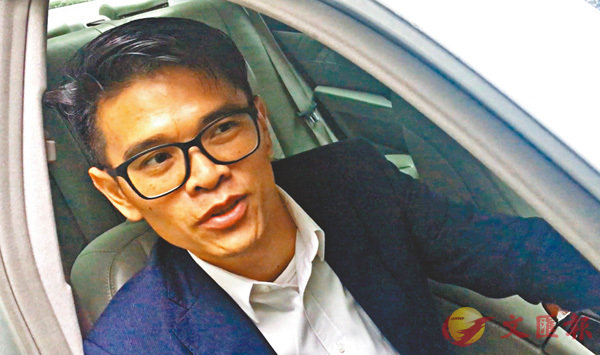 ■足總董事王威信倡議本地足球賽事賭波合法化。 香港文匯報記者潘志南  攝
