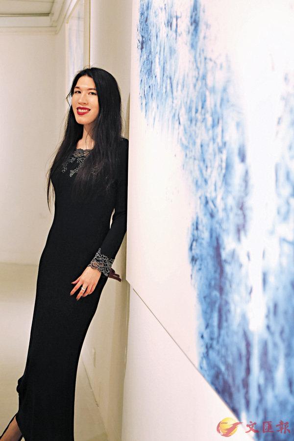 ■何鳳蓮個人展覽「昇華」去年分三階段展開。