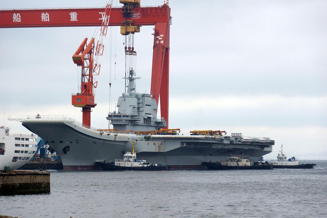 首艘國產航母海軍節疑進行「傾斜試驗」