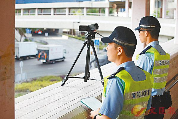 嚴打「不專注駕駛」 警拘60司機