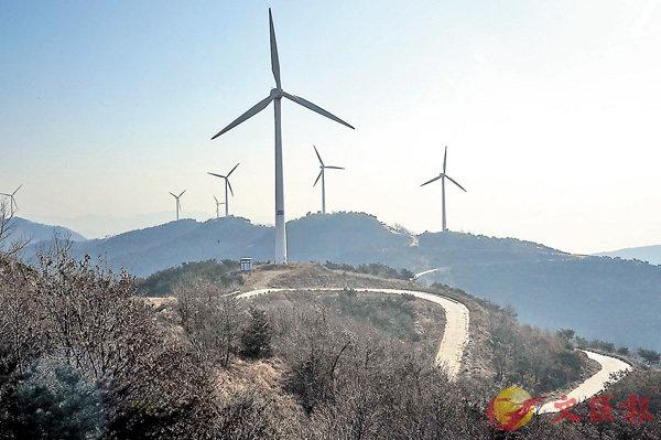 ■內地風電裝機量現時仍穩步增長,其中中東部及南方地區的新裝機量佔比較高,為增長主力。 資料圖片