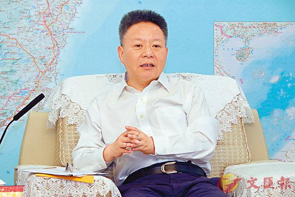 ■沈曉明昨日會見香港媒體高層訪問團一行。 香港文匯報記者彭子文  攝